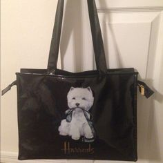 Harrods bag , bought it from London Like new Bags Shoulder Bags