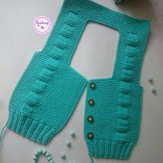 Örgü Yelekler Knitting Blogs, Easy Knitting, Baby Knitting Patterns, Easy Knit Baby Blanket, Knitted Baby Blankets, Baby Cardigan, Knitted Baby Clothes, Crochet Clothes, Peacock Crochet