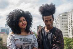 Marcha do Orgulho Crespo #AfroHairPride #MarchadoOrgulhoCrespo por Carolina Cury Serum, Natural, Blog, Walking Gear, Kinky Hair, Pride, Nature, Au Natural