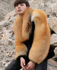 Men's Black Mink Fur Jacket with Red Fox Fur Collar… – Most Beautiful Fur Models Mens Leather Coats, Mens Fur, Leather Armor, Fur Coat Outfit, Fox Fur Coat, Shearling Coat, Mink Jacket, Outfits Hombre, Winter Fashion Casual