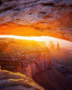 The early bird's reward at Mesa Arch, Canyonlands.