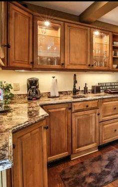 There are backsplash styles that will always go with the time, like natural stones veneer, but Hickory Kitchen Cabinets, Kitchen Cabinet Design, Painting Kitchen Cabinets, Kitchen Redo, Home Decor Kitchen, Kitchen Backsplash, Kitchen Countertops, New Kitchen, Light Oak Cabinets With Granite