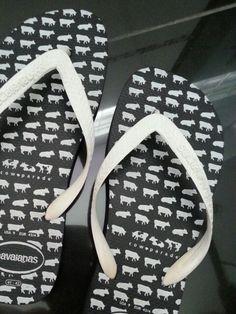Havaianas + Cow Parade