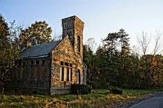 Oakwood Cemetery Oakwood Cemetery, Cabin, House Styles, Home Decor, Decoration Home, Room Decor, Cabins, Cottage, Home Interior Design