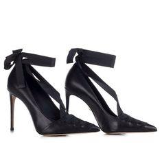 LE SILLA Black Pointed Pump In Chiffon, Soft Calfskin H.100 Mm. #lesilla #shoes #pumps