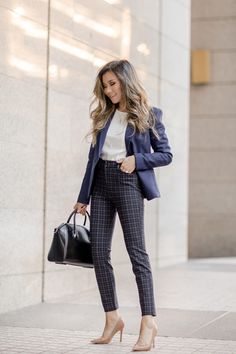 5f0fd6f50bc Fashion Blogger Miss Louie wearing fall work outfit with express blazer and  pants with Givenchy Small