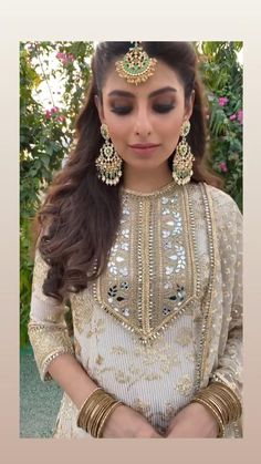 Pakistani Fashion Casual, Indian Bridal Fashion, Indian Fashion Dresses, Pakistani Dress Design, Indian Designer Outfits, Patiala Salwar, Sharara, Anarkali, Lehenga