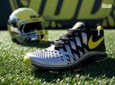 "... dc244 67d0e Oregon Ducks Nike Free Trainer 5.0 ""Reflect SilverYellow  Streak"" – Now Available ..."