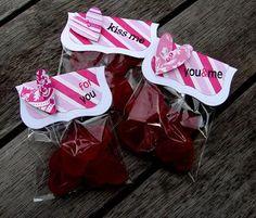 Valentine Crafts : DIY  Valentines Favors