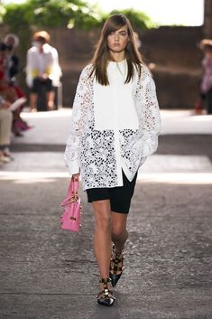 Valentino, Shirts & Tops, Fashion News, Fashion Trends, Models, Fashion Show Collection, Vogue Paris, Mannequins, Spring Fashion