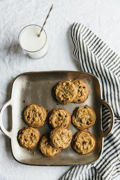 The best chocolate chip cookies. The best chocolate chip cookies. Gourmet Cookies, Paleo Cookies, Paleo Treats, Brownie Cookies, Sans Gluten Sans Lactose, Sem Lactose, Sin Gluten, Gluten Free, Best Vegan Chocolate
