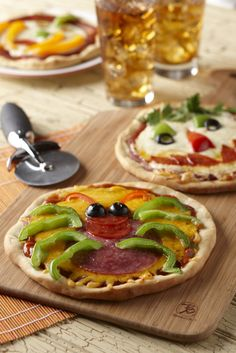 Let your guests top and design their own creepy creation. @Become A Better Baker