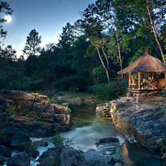Blancaneaux Lodge. San Ignacio, Belize