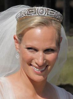 The Greek Key Meander Tiara Worn By Princess Anne S Daughter Zara Phillips At Her Wedding To Mike Tyndall