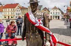 W Darłowie stanął pomnik burmistrza Dulewicza