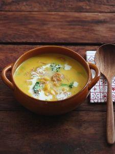 作り置きできる!かぼちゃのチャウダースープ。 Soup And Salad, Japanese Food, Cheeseburger Chowder, Thai Red Curry, Yummy Food, Homemade, Food And Drink, Cooking, Ethnic Recipes