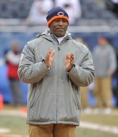 Chicago Bears head coach Lovie Smith claps during warmups before the NFC divisional playoff against the Seattle Seahawks at Soldier field in Chicago on January 16, 2011. UPI/Brian Kersey