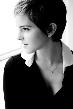 Emma Watson photographed by Harry Crowder (source: http://www.flickr.com/photos/harrycrowderphotography/8245612524/)