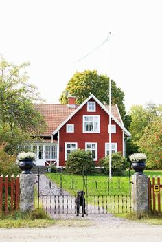 Norregård Nya Glasverandan Swedish Cottage Red House Style
