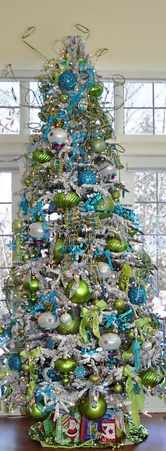 Aqua and Lime Green Christmas Tree Decorating Ideas