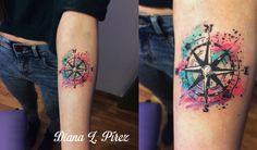 unicelular: watercolor compass tattoo <3 I really enjoyed doing this one :) /tatuaje de compás con acuarela, me divertí mucho en este. Molto ma molto presto
