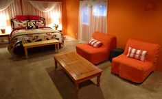 A Moab House - Fun affordable downtown lodging in Moab, Utah - Home Page $125