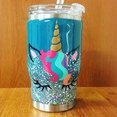 Vinyl Tumblers, Custom Tumblers, Cup Crafts, Crafts To Make, Kids Tumbler, Tumbler Cups, Glitter Cups, Glitter Tumblers, Glitter Crafts