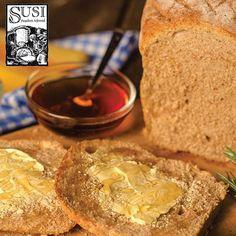 Desayuna un pan doble centeno de SUSI, elaborado artesanalmente, sin conservantes y totalmente natural. Combínalo con una deliciosa mermelada de SUSI.  Productos  exclusivos de nuestras tiendas en Oviedo y Mall Ventura #SusiPanaderíaArtesanal