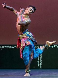 Male Indian Dancer --- Kishore Kumar-Temple of Fine Arts Kuala Lumpur Dance India Dance, Dance Art, How To Draw Ears, Kishore Kumar, Indian Classical Dance, Indian Man, Dance Poses, Cartoon Faces, Human Art