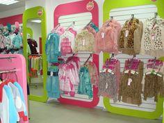 Картинки по запросу дизайн детского магазина одежды фото