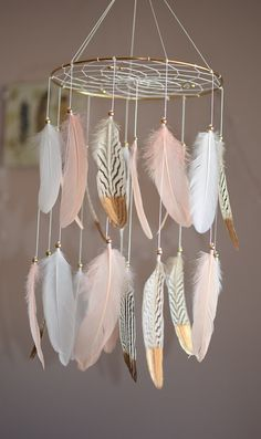 Feather Baby Mobile, Pink and Gold Nursery Decor, Baby Girl Nursery Mobile, Dreamcatcher Boho Nursery Decor, Woodland Baby Mobile Boho Nursery, Pink Gold Nursery, Gold Nursery Decor, Baby Nursery Diy, Baby Decor, Diy Baby, Baby Room, Nursery Ideas, Nature Themed Nursery