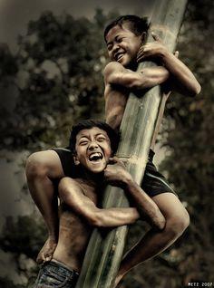 .: Panjat Pinang 1 :. by imetus.deviantart.com on @deviantART