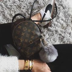 Mini LV backpack + pom More Louis Vuitton Crossbody Bag, Louis Vuitton  Bags, Louis f85d173b661