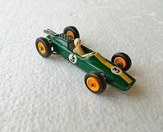 Vintage 1966 Matchbox Lesney Regular #19 Green LOTUS RACING CAR; Excellent - http://www.matchbox-lesney.com/24606