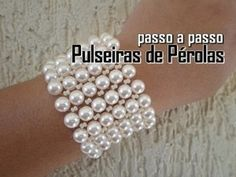 "Tutorial: Beaded choker with pearls (Wedding style) / Chalker of beads and pearls ""Lady"" (wedding) Bead Jewellery, Beaded Jewelry, Handmade Jewelry, Beaded Bracelets, Beading Tutorials, Beading Patterns, Bead Crafts, Jewelry Crafts, Bracelet Tutorial"