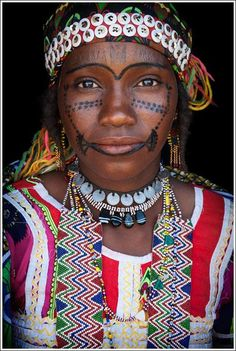 beautifully decorated female from the Hausa-Fulani People - Nigeria, west Africa African Tribes, African Women, We Are The World, People Around The World, Black Is Beautiful, Beautiful People, John Kenny, Tribal People, Hausa Fulani