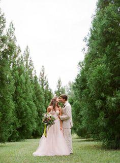 Photography by Jen Fariello Photography / jenfariello.com, Floral Design by Pat's Floral Designs / patsfloraldesigns.com