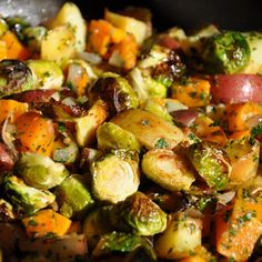 As soon as the temps start to dip, we turn off the patio grill and crank up the oven. Here is everything you need to known about the methodology of roasting vegetables, as well as some inspirational recipes.