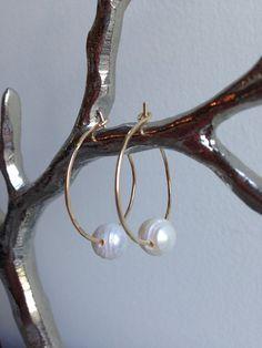 Modern 14K Gold Filled Freshwater Pearl  Hoop Earrings by AmiAbo