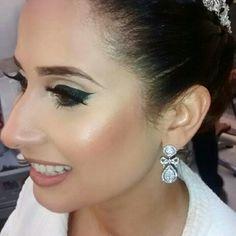 Mais uma noiva linda que casou este final de semana com brincos de laço #mairabumachar #noiva #noivasmb #bride #brincos