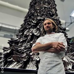 patrick roger, a french sculptor of flavours- i wrote about him in my french twist. he treats chocolate like a raw material which he transforms into giant 80-kilo creations or wrapped sweets in metre-long boxes. constantly striving for innovation and perfection, he loves to cause a stir with skilful combinations and majestic sculptures.