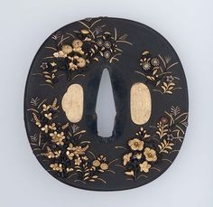 Tsuba with design of autumn plants. Japanese Edo period late 18th to mid-19th century - Gotô School http://www.mfa.org/collections/object/tsuba-with-design-of-autumn-plants-11423