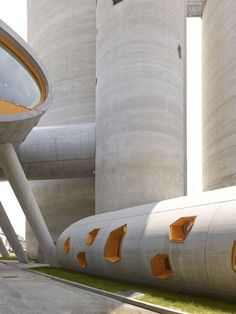 vib architecture — SILOS 13 – cement distribution center