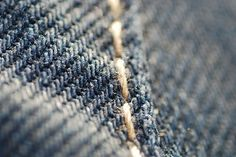 00035-jeans-fabric-zoom