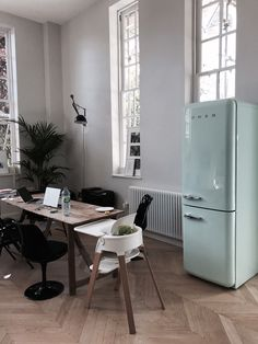 Smeg FAB32RNG 50's Retro Style Pastel Green Fridge Freezer | eBay!