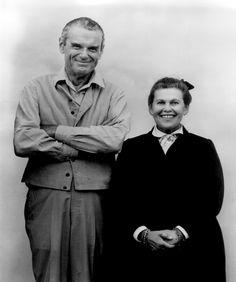 The Story ofEamesFurnituredi Marilyn Neuhart, scritto insieme a John Neuhart, è molto più di una monografia sul design degliEames: da un lato, risponde alla necessità di riconoscere il ruolo [...]