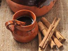 Café Negro con Canela | Esta bebida me trae recuerdos muy grandes de mi niñez, espero les guste y la compartan. Es excelente para los días de frio.