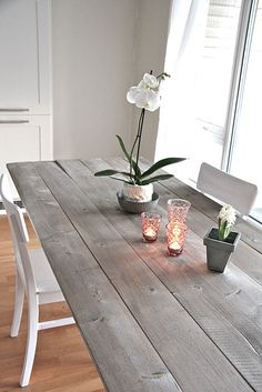 Farmhouse table plans & ideas find and save about dining room tables . See more ideas about Farmhouse kitchen plans, farmhouse table and DIY dining table Stained Table, Diy Dining Table, Kitchen Table Wood, Narrow Dining Tables, Grey Kitchen Table, Diy Kitchen Table, Dining Room Table, Grey Stained Wood, Grey Dining Tables
