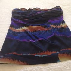The Limited Strapless top Beautiful colors, worn once, zips in the back The Limited Tops Blouses