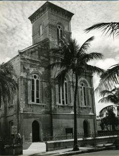 Vintage Hamilton, Bermuda photos. A Walk Through Hamilton from thebermudian.com